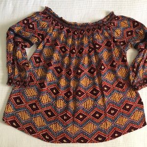 M & S beautiful Top. NEVER WORN. As New.